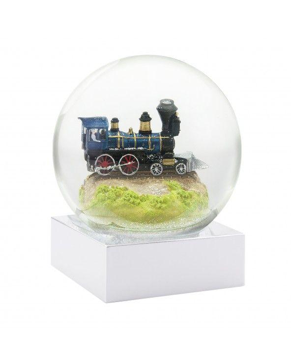 Cool Snow Globes Snow globe train