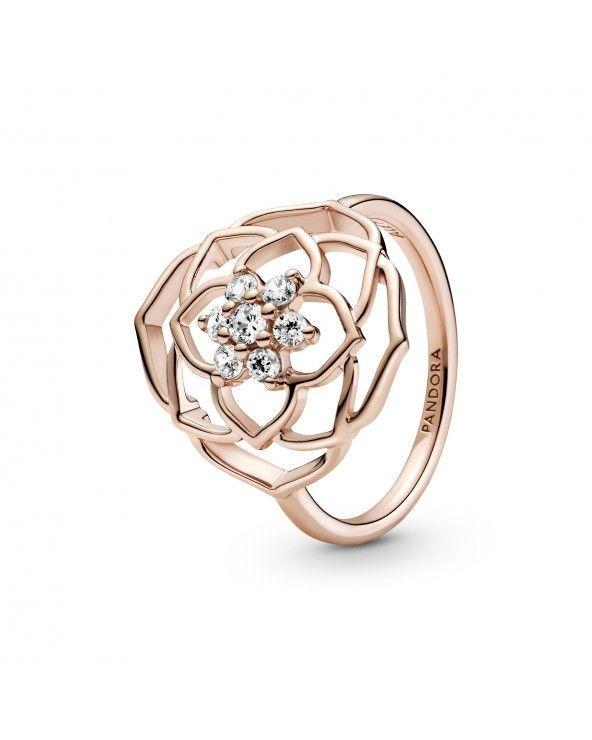 Pandora Anello scenografico petali di rosa